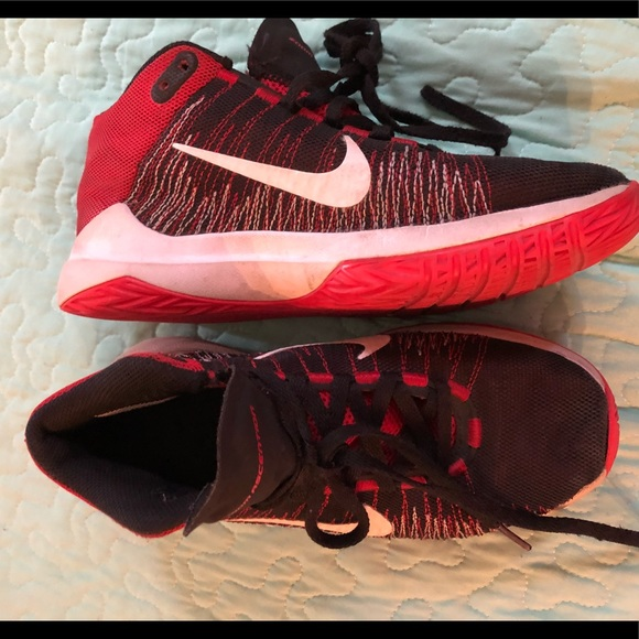 """f05b78e4ae78 Boys Nike """"Zoom Ascention"""" sneakers SEE DESCRIPT. M 5aaacdb2d39ca299ad420bb8"""